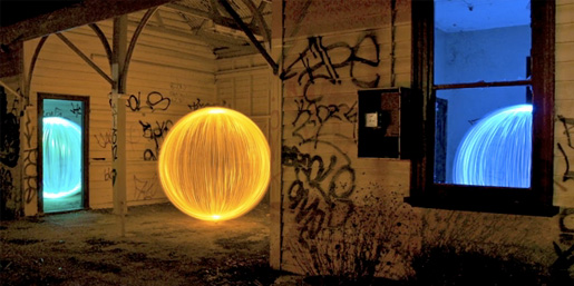 denis-smith-light-painter